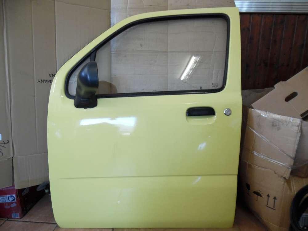 Opel Agila A Tür Vorne Links gelb Farbcode : Y485