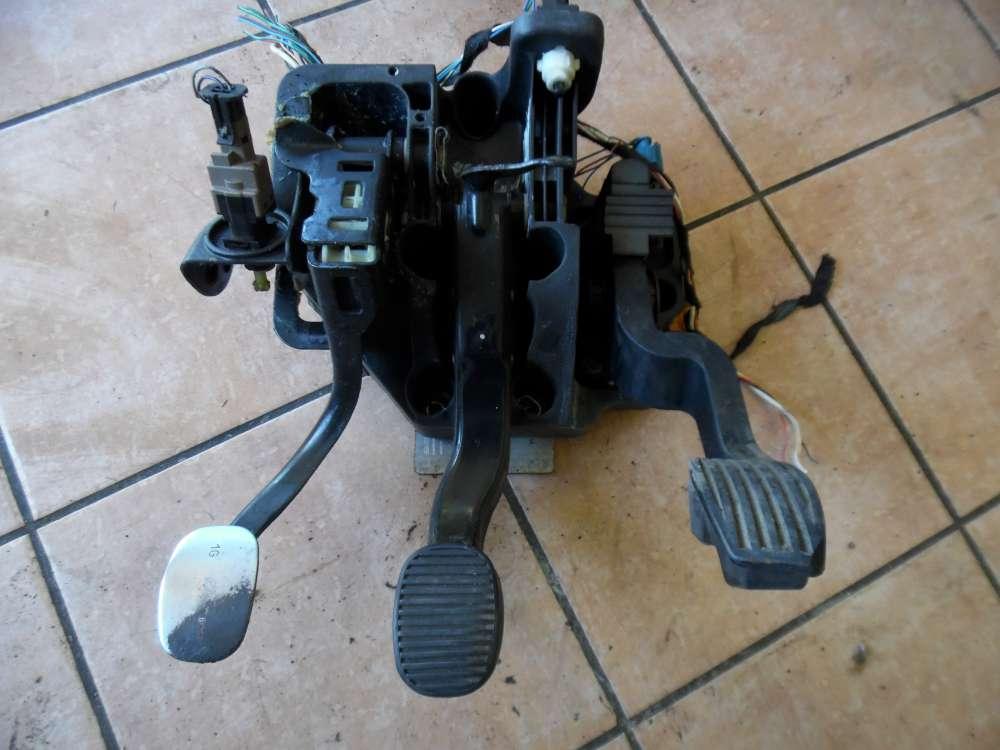 Fiat Stilo 192 Bremspedal Kupplungspedal Gaspedal elektrisch  46779078  468074870