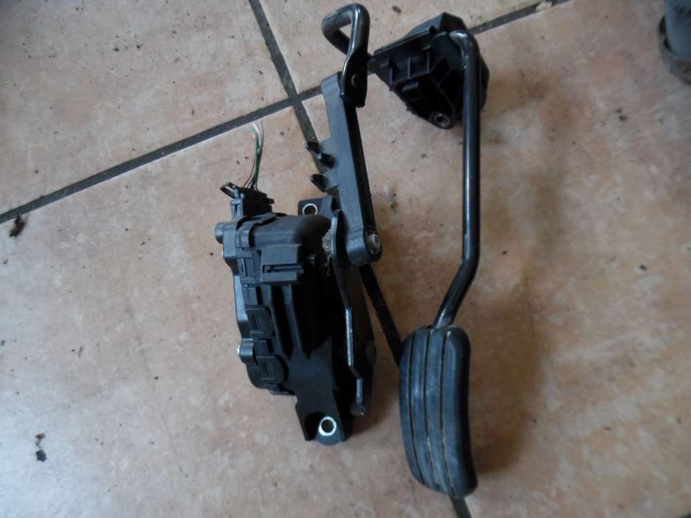 Renault Kangoo Gaspedal Gaspedalstellung 8200089851