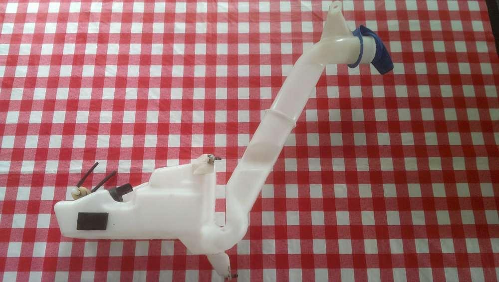 Seat Ibiza 6L Bj.2005 Behälter Wischwasserbehälter mit Pumpe 6Q0955453N