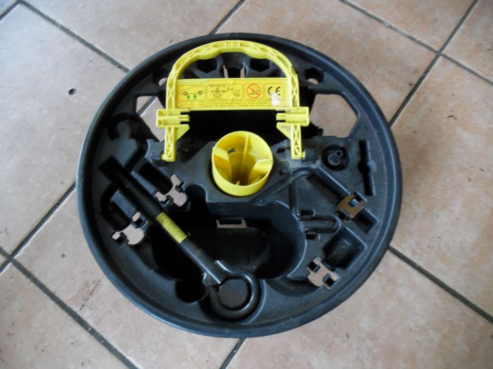 Renault Clio II Halter Wagenheber 8200122487