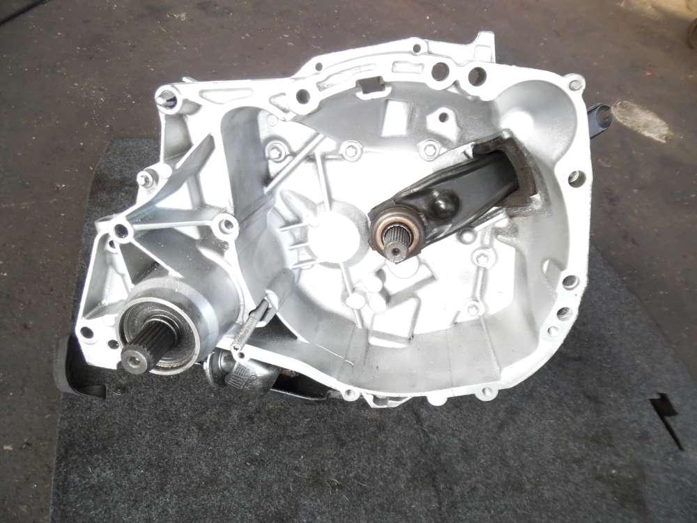 Renault Clio II 1,2L Getriebe Schaltgetriebe 5-Gang 166500KM 7701716372