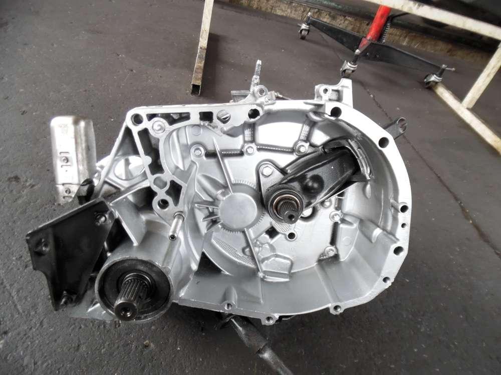 Renault Kangoo Getriebe Schaltgetriebe  5-Gang 282000KM FAC-533