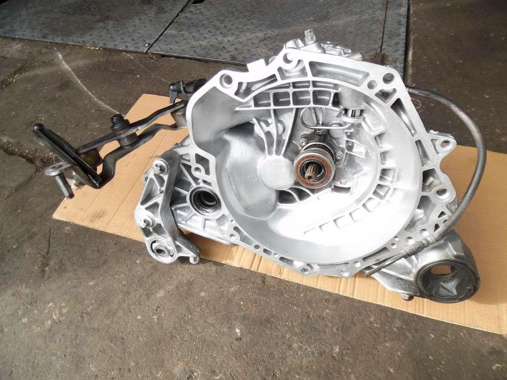 Opel Corsa C Getriebe Schaltgetriebe 5-Gang 140389KM GM 90400209 24494