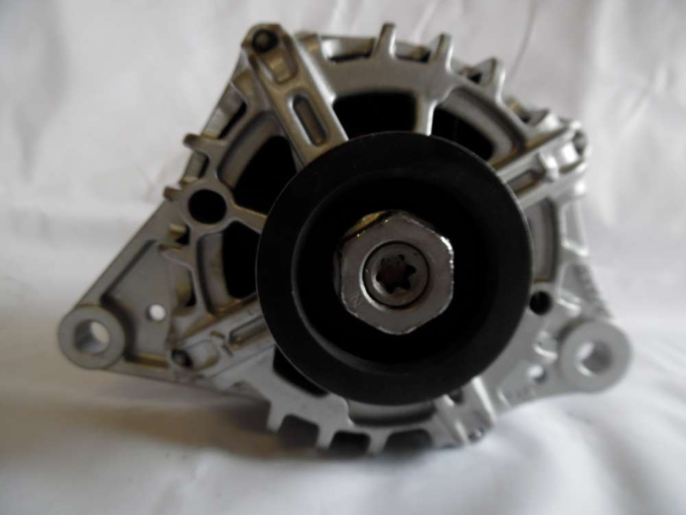 Lichtmaschine Generator 80A Nissan Micra K12, Note E11 Valeo 23100AX62A