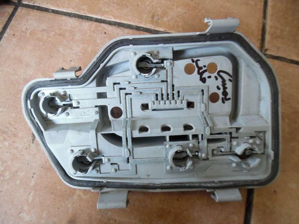 VW Polo 9N Halter Lampenträger Rücklicht Rechts 6Q6945258