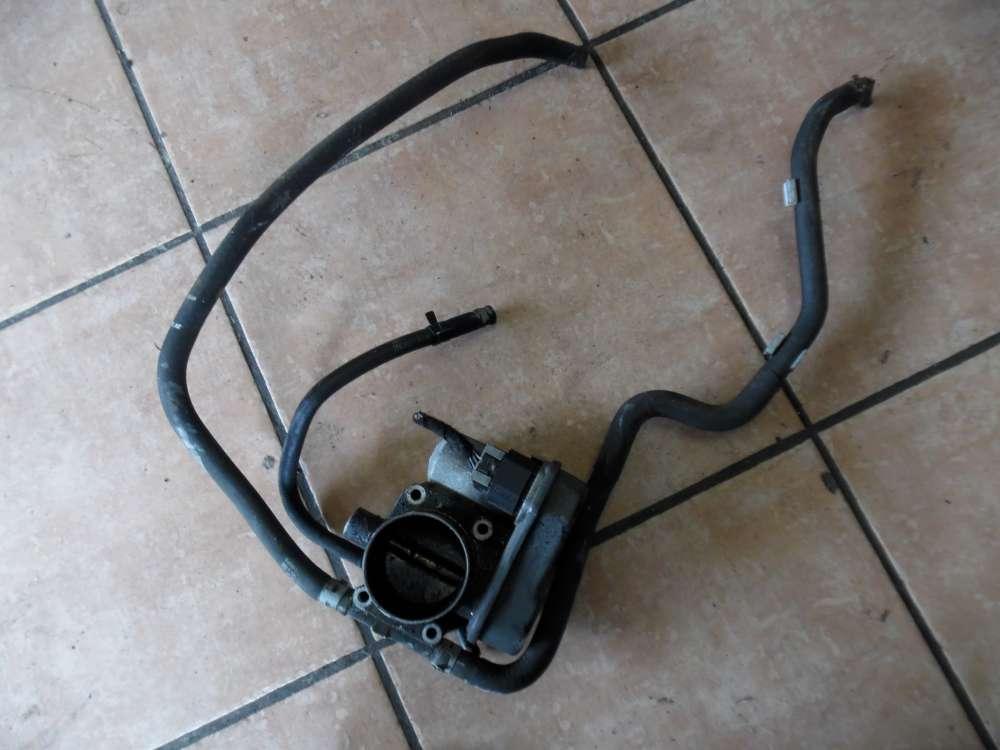 Opel Corsa C Drosselklappe mit 3 Schlauchen 25177983