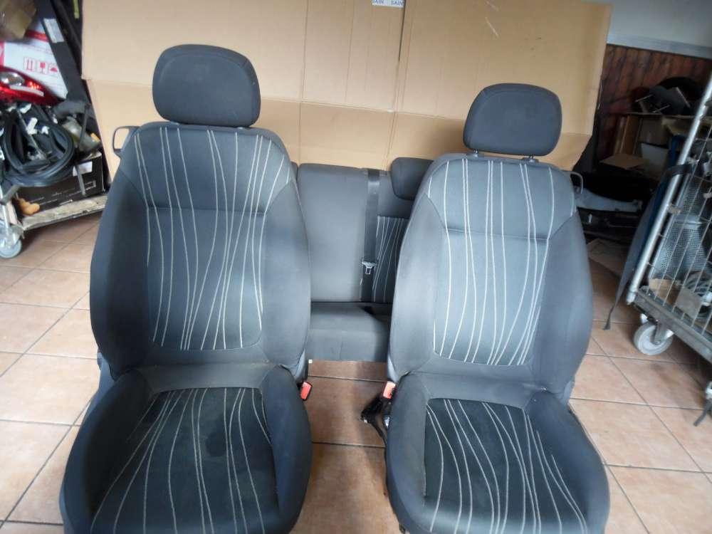 Opel Corsa D Sitze Innenausstattung Stoff