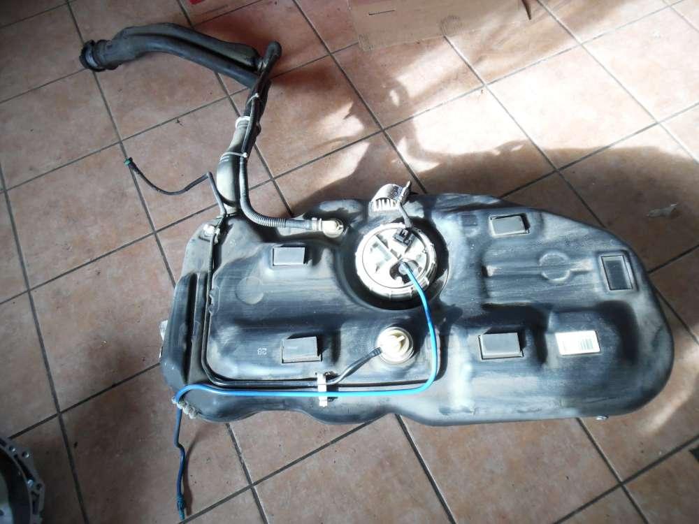 Opel Corsa D Tank Kraftstoffbehälter mit pumpe 13216657 13216318