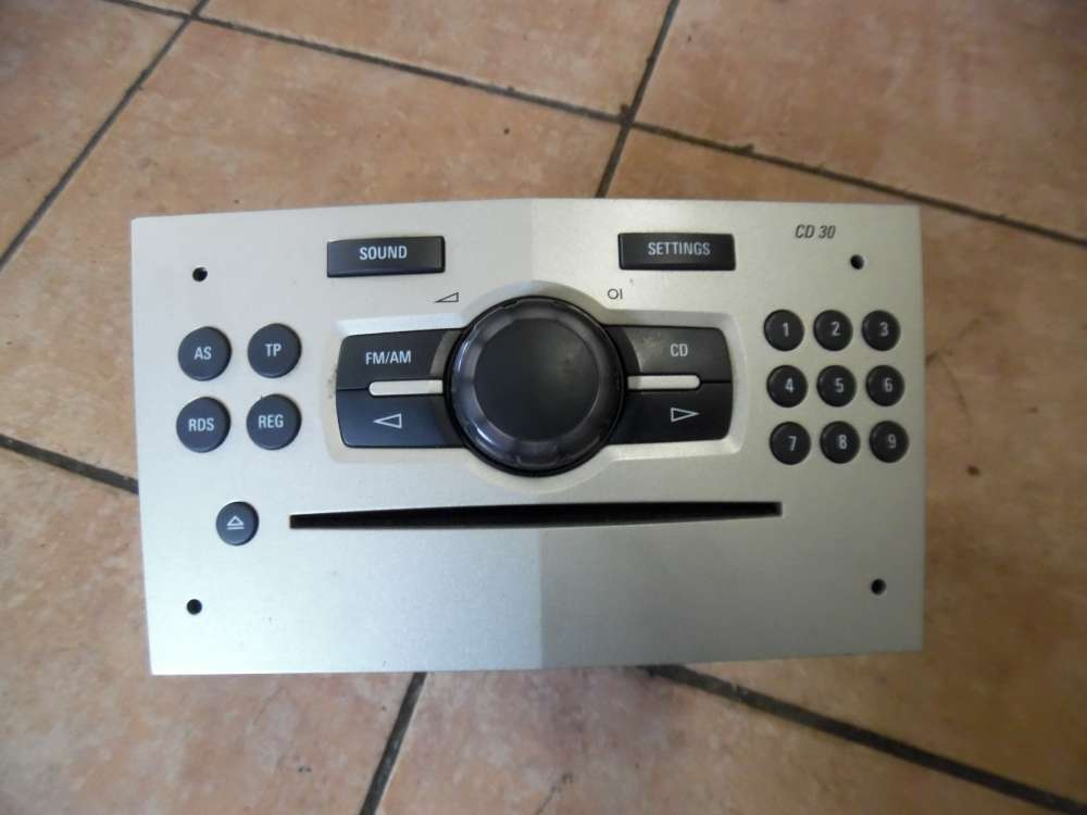 Opel Corsa D CD Radio CD30 Delphi 497316088 13262382
