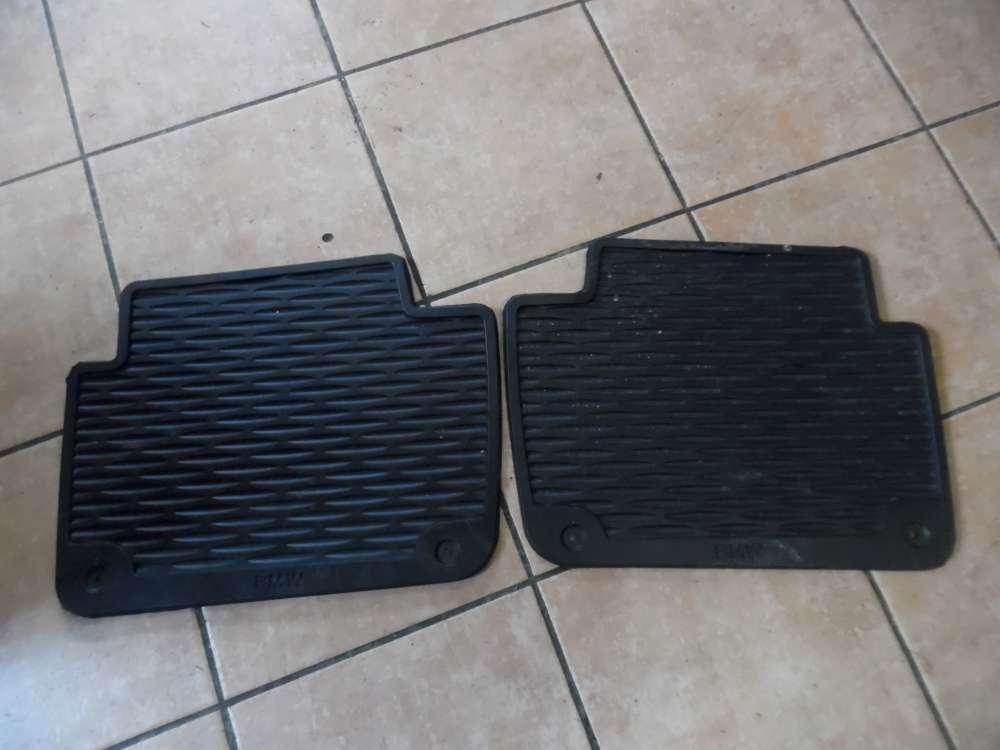 BMW 3-er E46 Gummi Fußmatten Satz Hinten 9408541