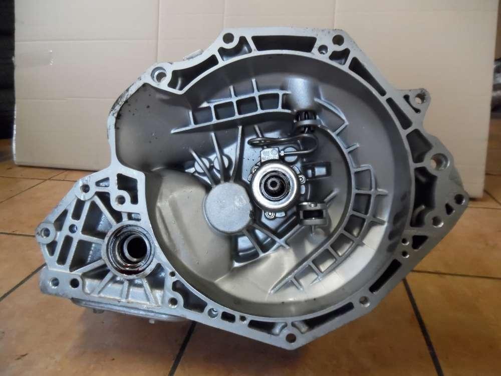 Opel Vectra B Getriebe Schaltgetriebe GM:90522510 / 90400206