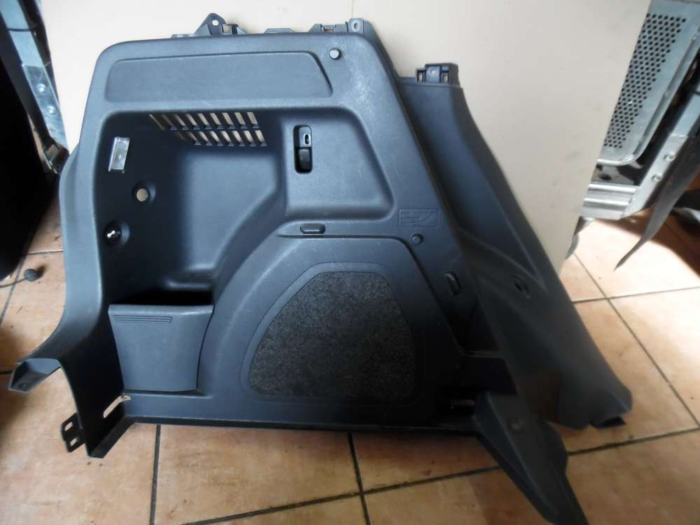 Skoda Fabia II Verkleidung Kofferraum Hinten Links 5J7867429