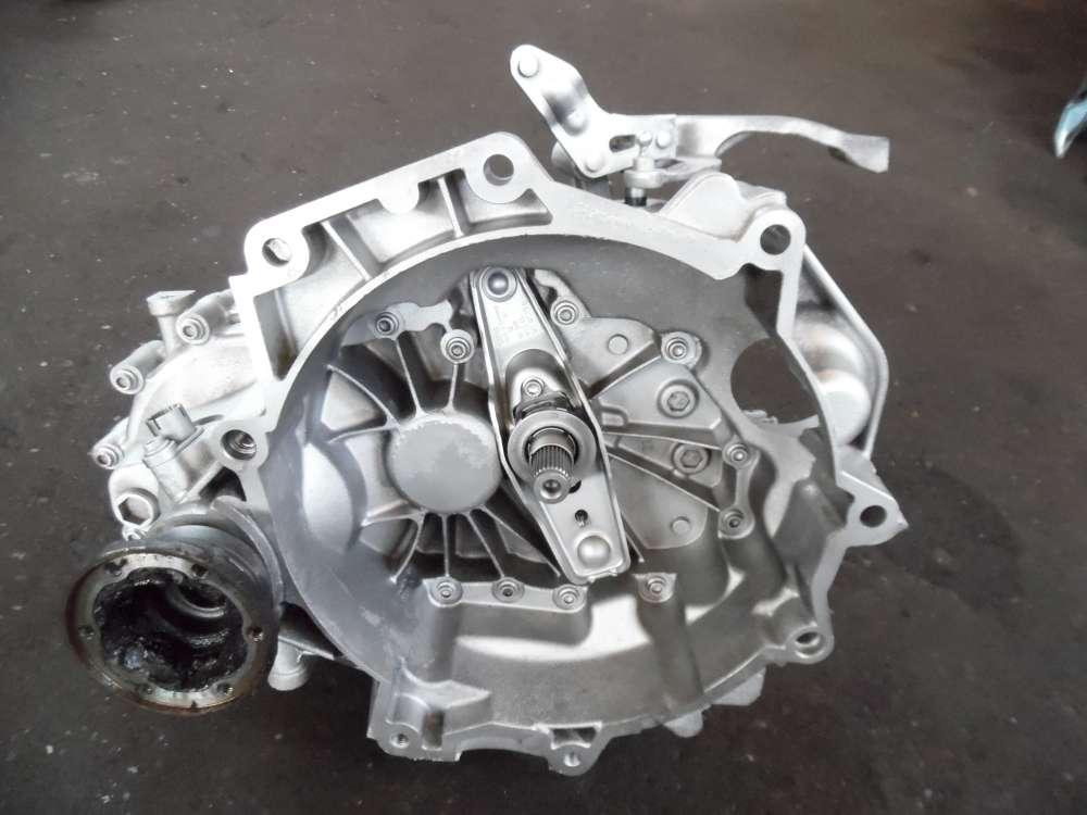 VW Fox 5Z1 1,2L Getriebe Schaltgetriebe 5-Gang 163868KM 02T301103AB
