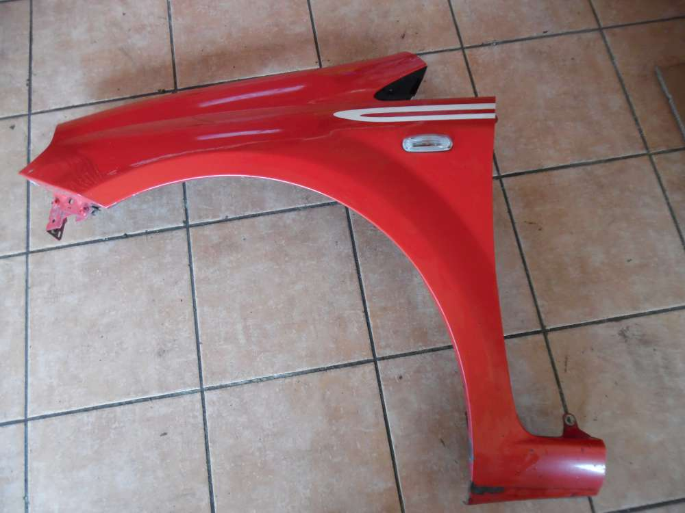 Fiat Punto 199 3-Türer Kotflügel Links Rot Farbcod : 176/A