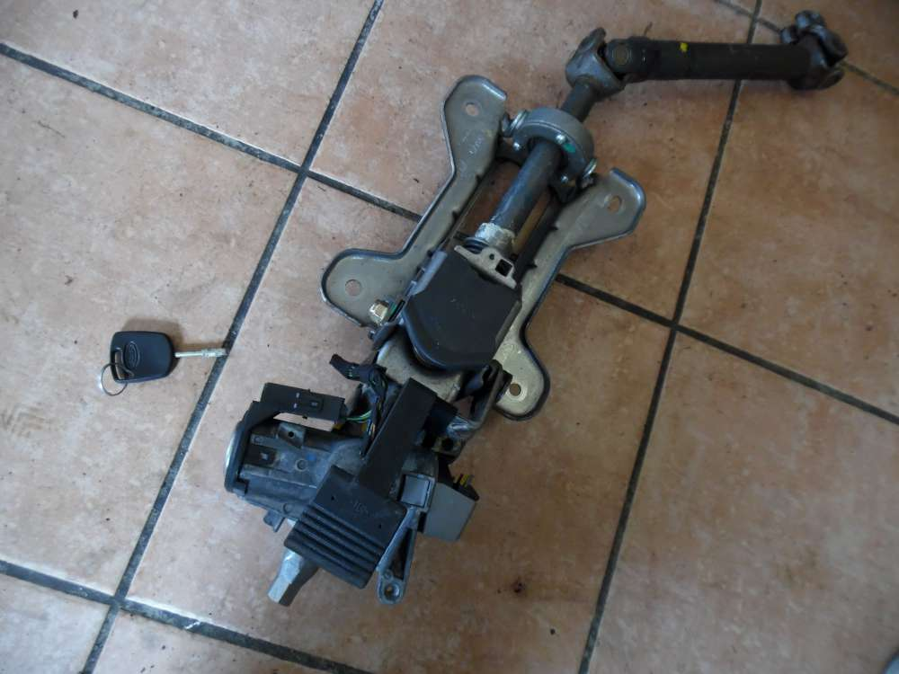 Ford Fiesta V Lenksäule Zundschloss mit Schlüssel Kreuzgelenk C7Y2C