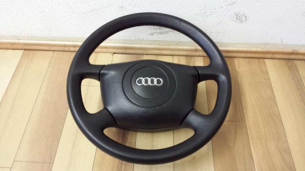 Original  Audi A4 Bj98  Lenkrad schwarz nicht Leider   4B0124A