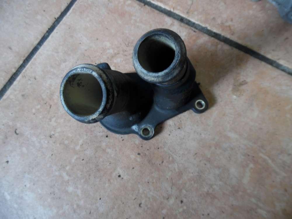 Ford Focus II Thermostatgehäuse 2S6G-9K478-BA