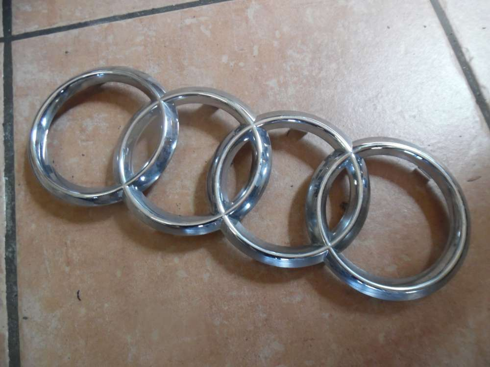 Audi A3 A1 Abzeichen Grill Emblem Vorne 8X0853605