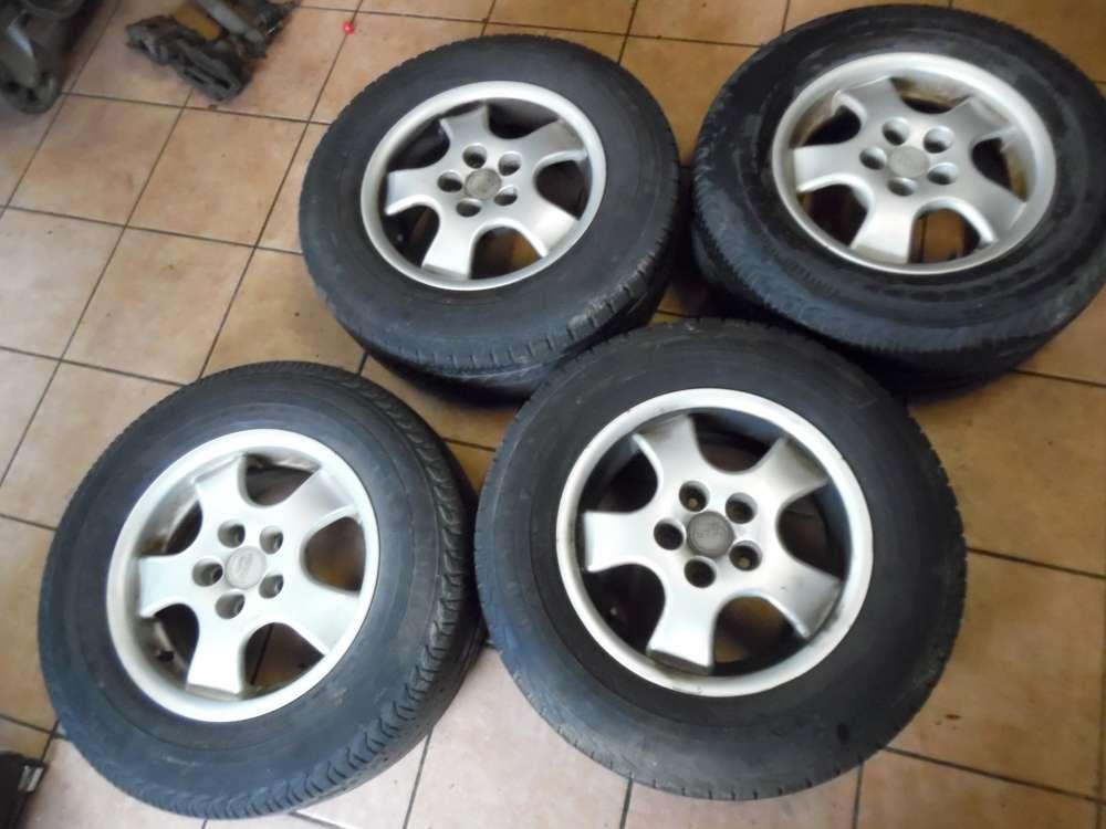 4x Alufelgen mit Reifen Winter Hyundai Santa Fe 215/7015R109R ET38 7X15 KBA 44748