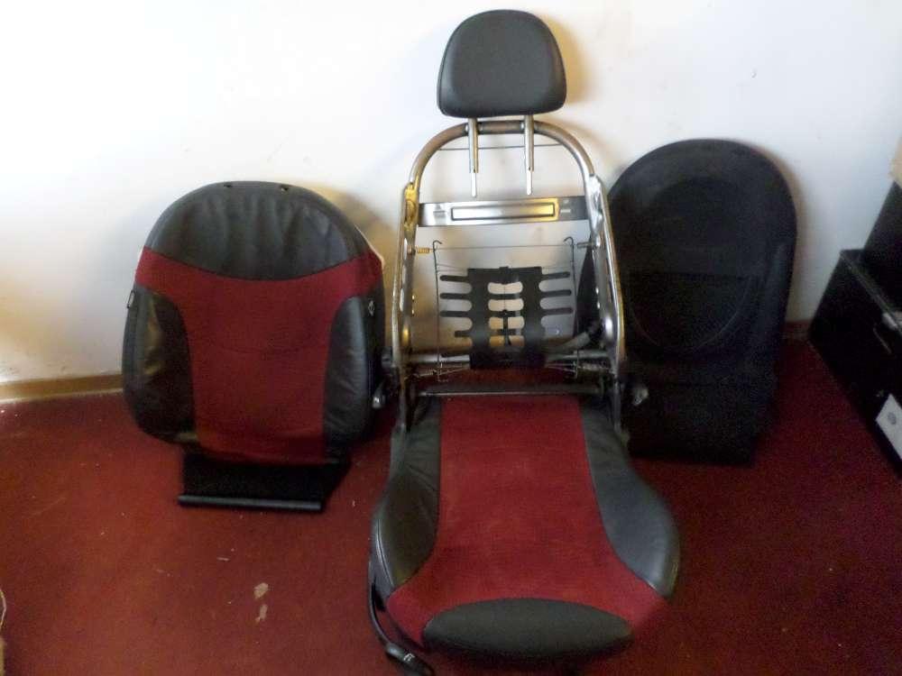 Mini Cooper Beifahrersitz vorne rechts  Farbe: grau/rot Leder Sitze
