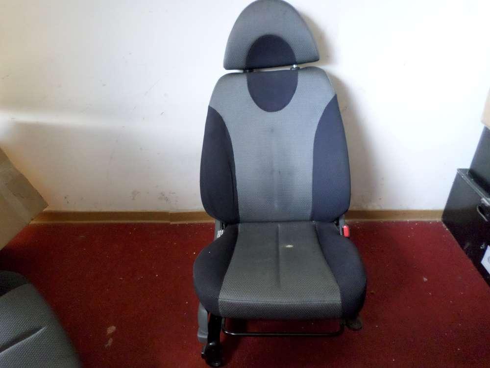 Daihatsu YRV 1.3 Orginal Sitz  vorne Rechts  Bj 2002