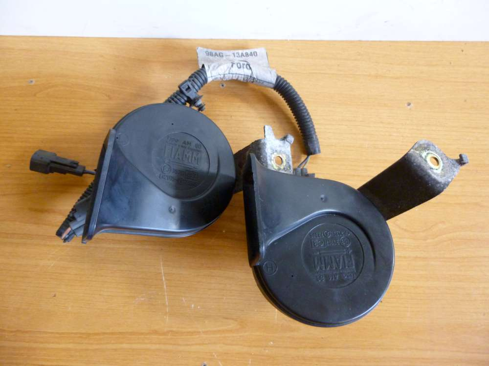 Ford Focus 2 x Hupe Signalhorn Horn mit Kabelbaum Huppe CH2035-73345 35717
