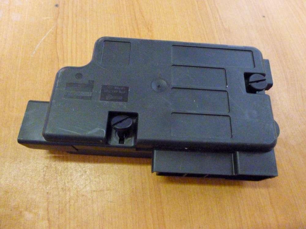 VW Audi  Sicherungsträger 8P0937548