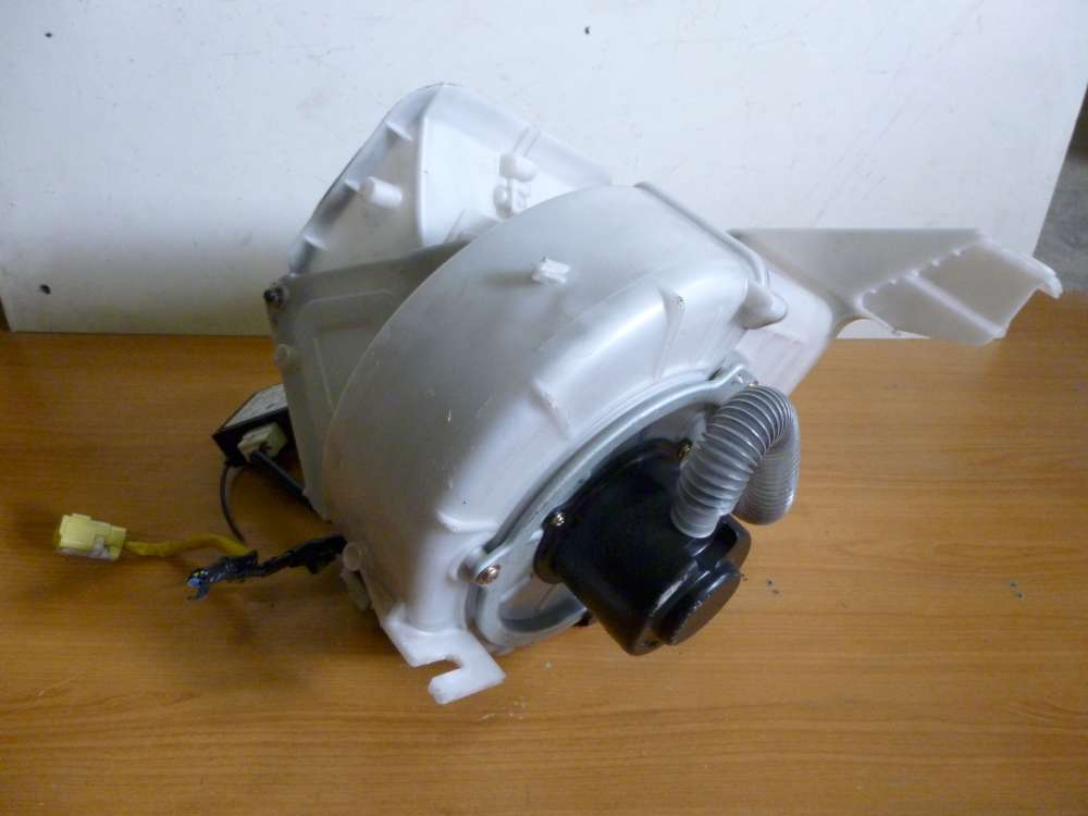 Mazda 626 Bj 1999 Heizung Gebläse Lüfter HB0216E4T / HB161GE4V-01