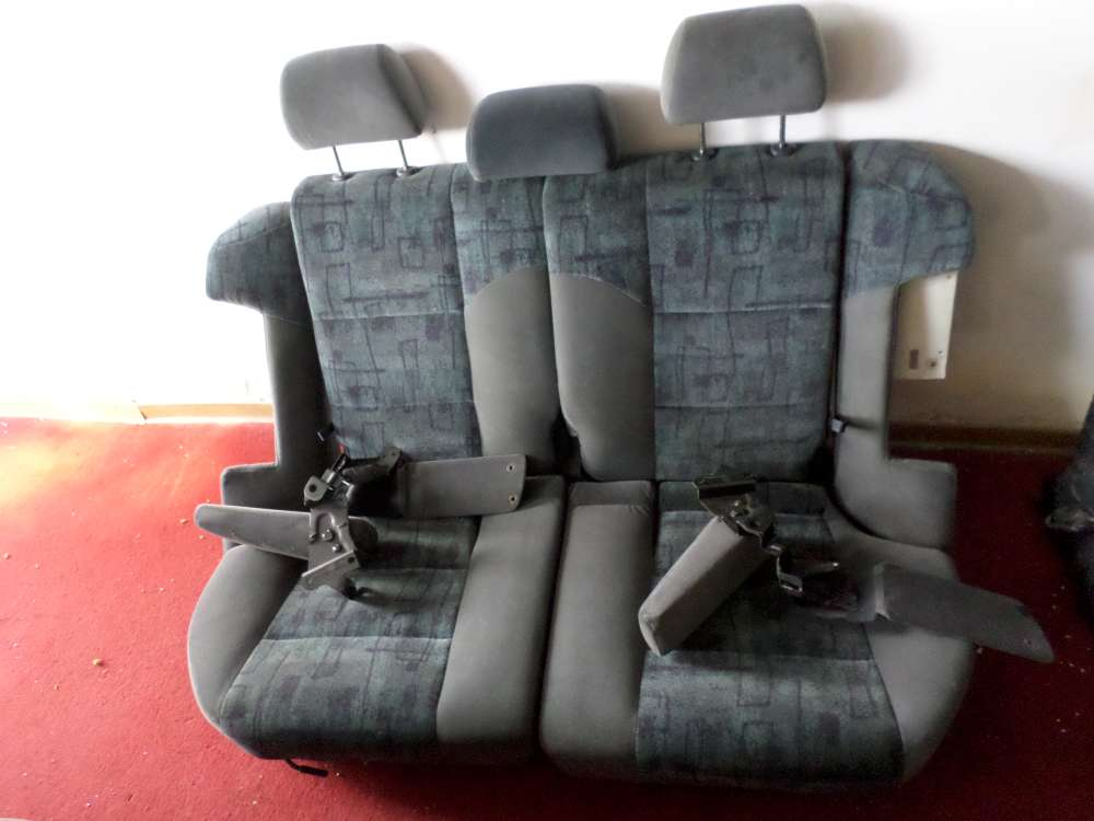 Orginal Mazda 626  Sitze hinten Rücksitzbank  bj:1999