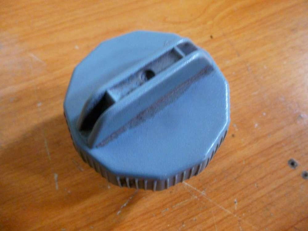 Mazda 226 Bj:94 Tankdeckel Verschluss Tankverschluss