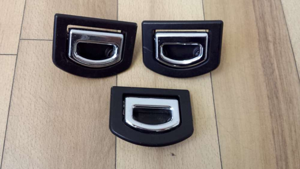 3 x Audi A4 Bj1998  Verzurrösen Zurrösen  8D9864203