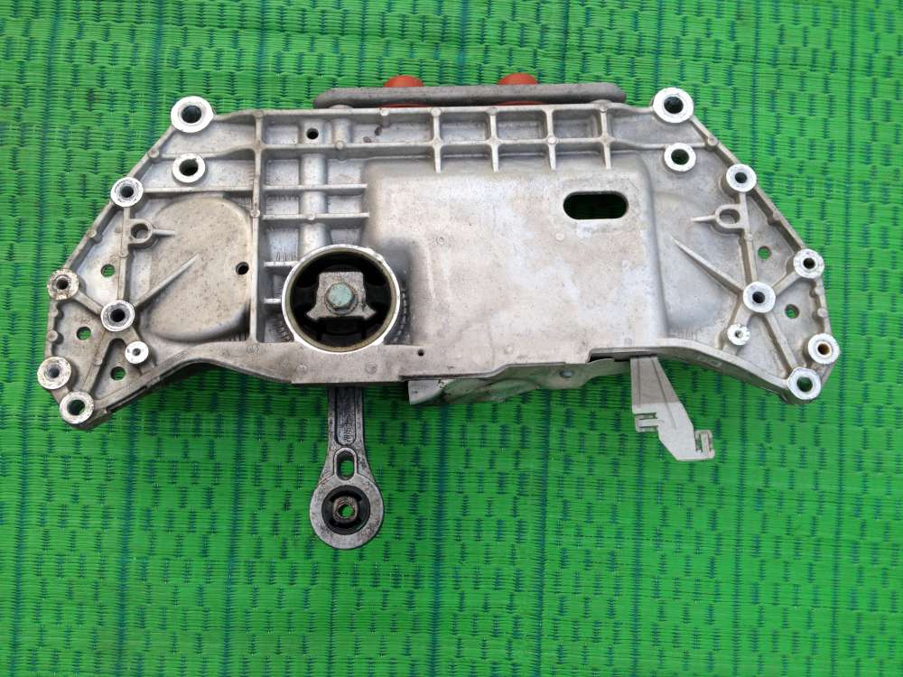 VW Touran 1T Bj:04 1,6 Achsträger Motorträger Vorderachsträger 1K0199369G