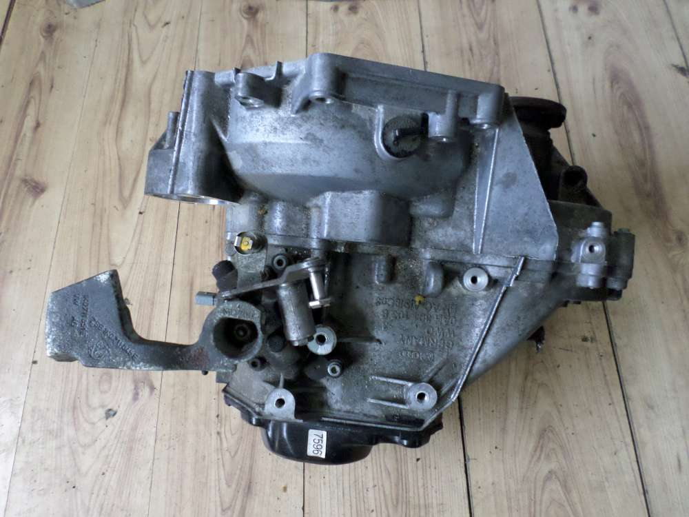 VW Touran Bj 2004  Original Getriebe FZT   89000 KM