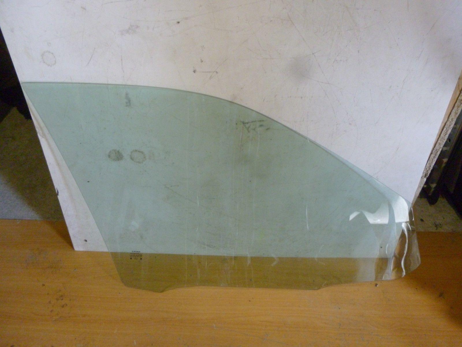 SEAT LEON Türscheibe 5 tür links - 43R-007022 - Bj 2000