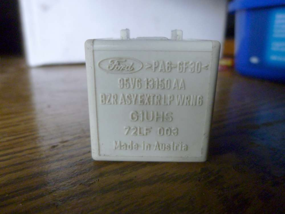 Ford Original Relais Weiß 95VG13150AA