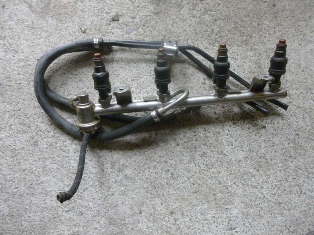 Audi A6 Einspritzleiste Einspritzdüsen mit 4 Düsen 058133681