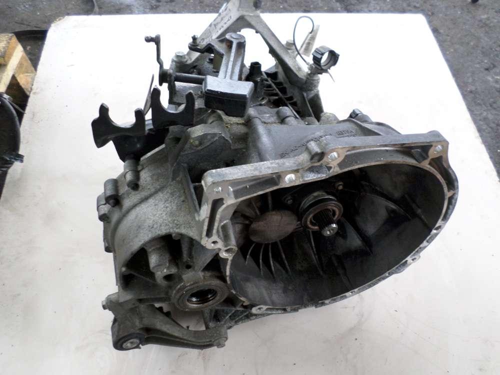 Getriebe Schaltung manuell 5 gang 3M5R7F096YF  Ford Focus Kombi 1.6  66KW Bj2006