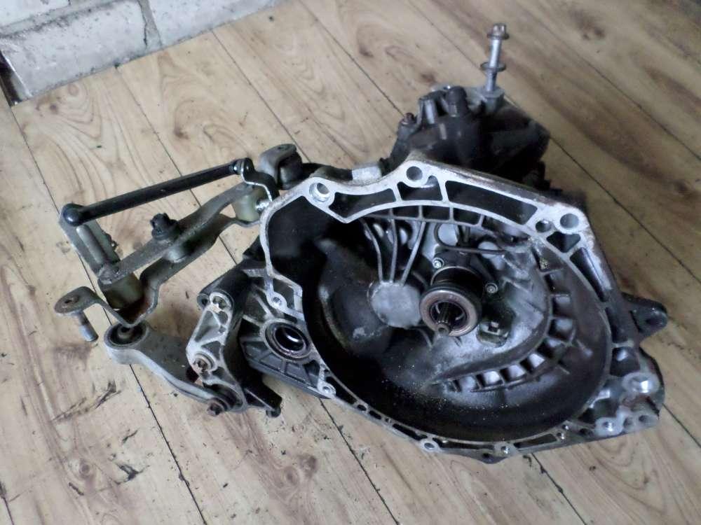 Opel Corsa C Bj 2001 Original Getriebe 43KW 58PS 90400206