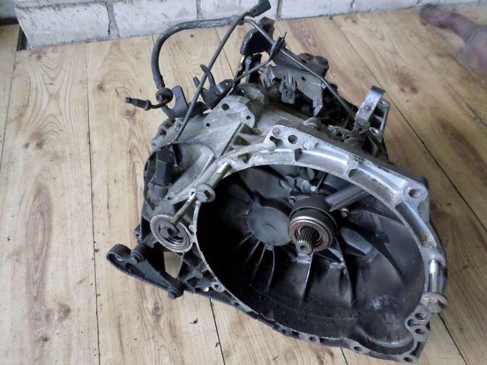 FORD Focus Kombi 1,8 D2M2A  Schaltgetriebe Getriebe XS4R-7F096 1S4R-7201-AD