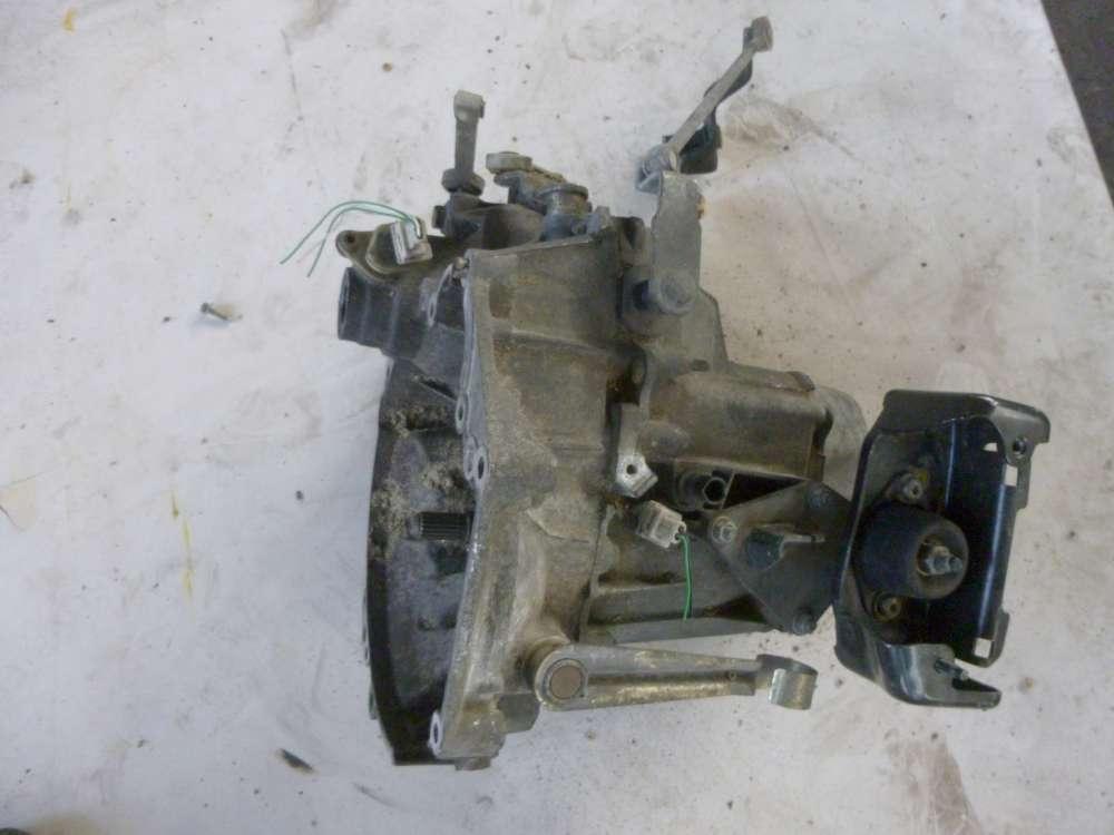 Peugeot 206 Getriebe Benzin 5 GANG CODE : 20CE44