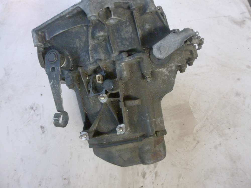 Ford Fiesta Bj 99 Getriebe  2CB41 - 008130 _ 149000 KM