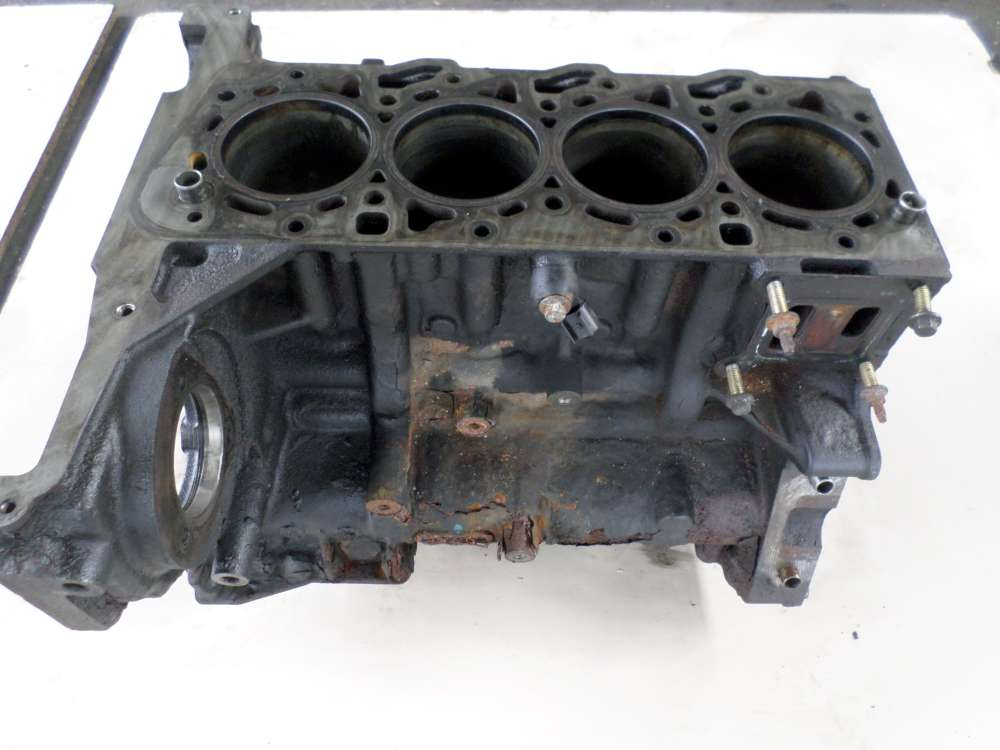 Ford Mondeo III (BWY) Motorblock C8S1A   2S7Q6015AE