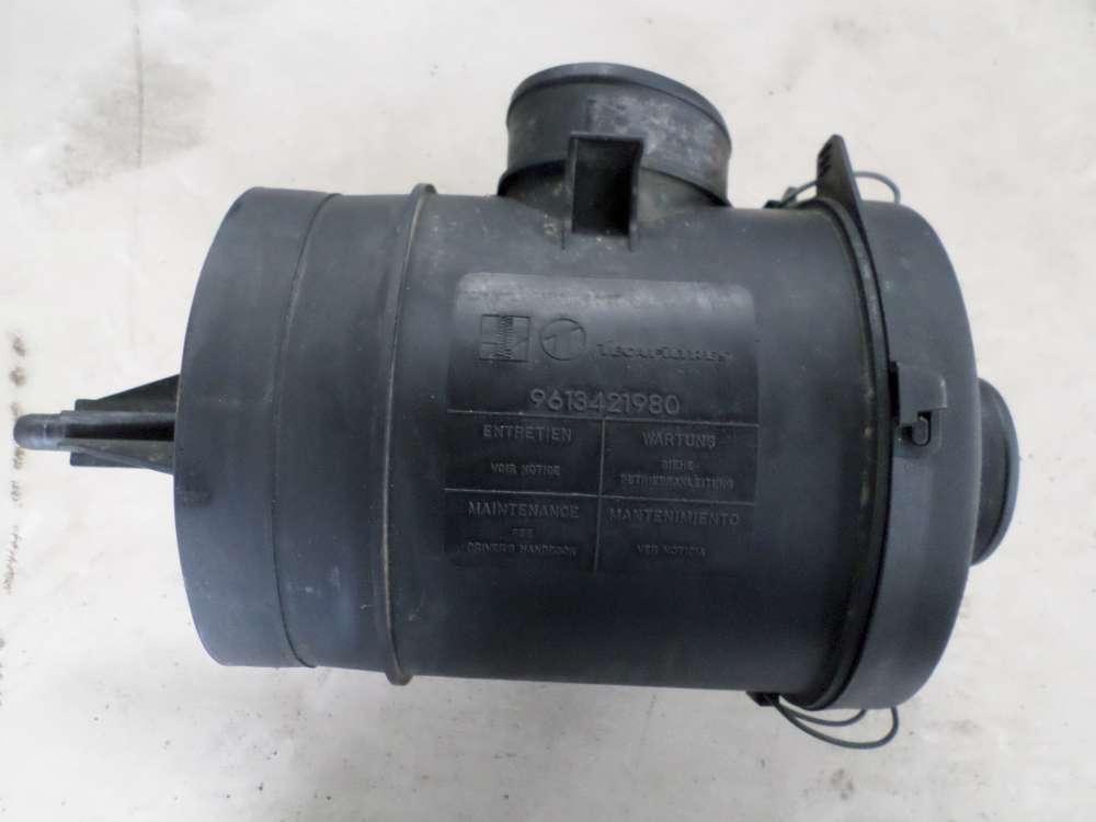 Peugeot 106 1,0L Luftfilterkasten 9613421980