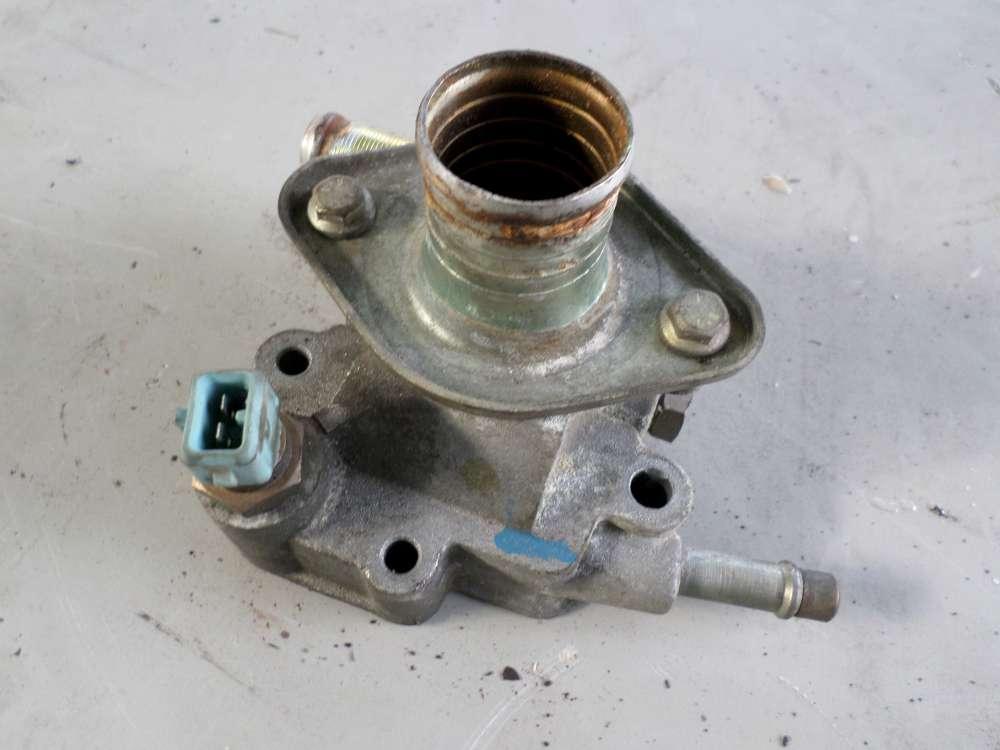 Peugeot 106 Bj 98   Motor Kühlwasser Termostatgehäuse