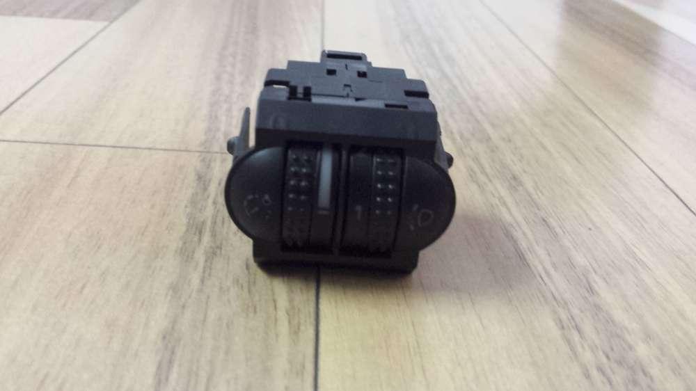 VW Passat Bj.2000 Schalter Leuchtweitenregulierung Instrumentenbeleuchtung 3B0941333C