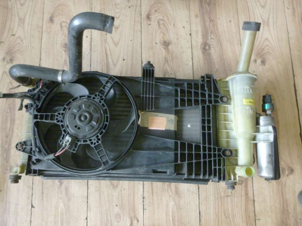 Fiat Punto Bj:2001 Wasserkühler 44 KW