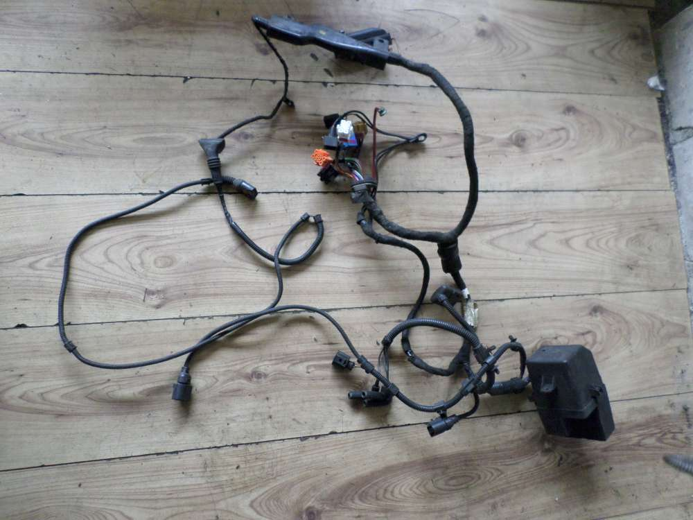 VW Golf IV Sicherungskasten Relais Sicherungen mit Kabel 1J0941389B