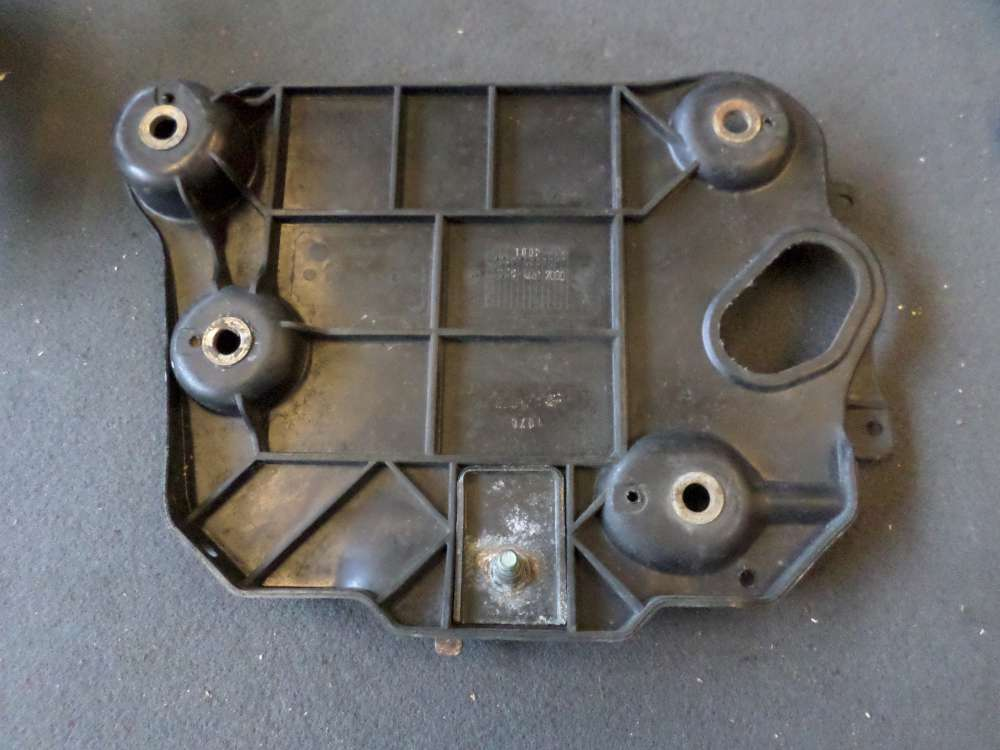 Seat Arosa Batteriehalter Halter 6N0804825E