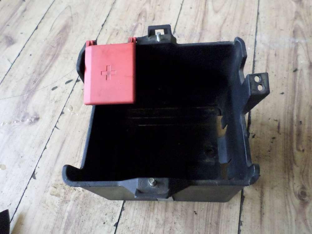 Original Mazda 121 Batteriefach Fach Batterie Autobatterie 96FB10723AG 96FB14277AA